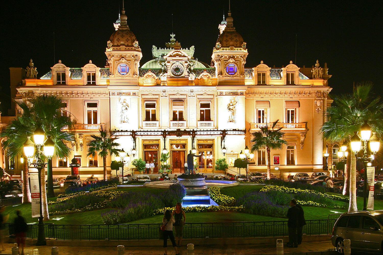oikea Monte Carlo casino - Monaco